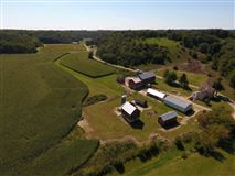 Luxury properties an amazing 198 acre farm in cross plains