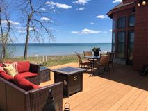 private wooded retreat on the beach luxury real estate