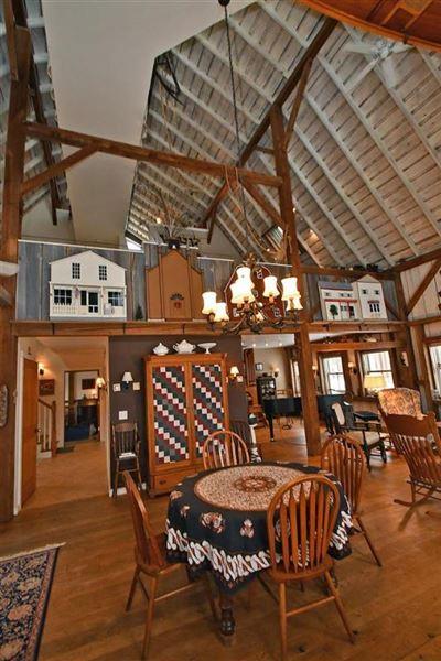 1914 Historic Cooksville Farm luxury homes