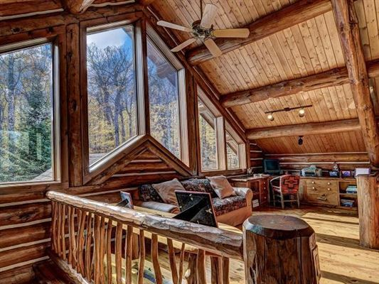 Lost Loon Lodge - spectacular turnkey opportunity mansions