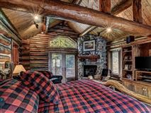 Luxury homes Lost Loon Lodge - spectacular turnkey opportunity