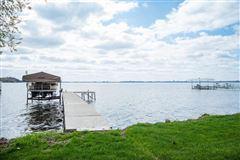 Luxury properties Lake Mendota Southern exposure with great views