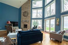 Luxury homes in Lake Mendota Southern exposure with great views