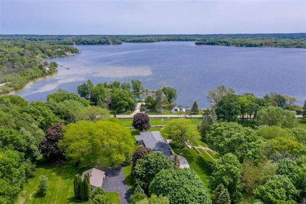 Luxury homes unique and fun lakefront property