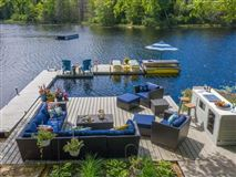 amazing waterfront property luxury properties