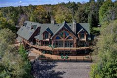 Luxury properties Bass Lake Lodge - a Northwoods playground