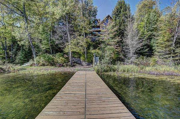 Luxury homes in Bass Lake Lodge - a Northwoods playground