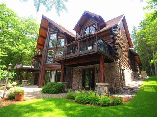 8 Gables Retreat - a real legacy estate luxury real estate