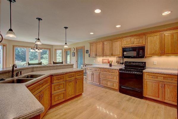 custom built ranch on 40 acres luxury properties