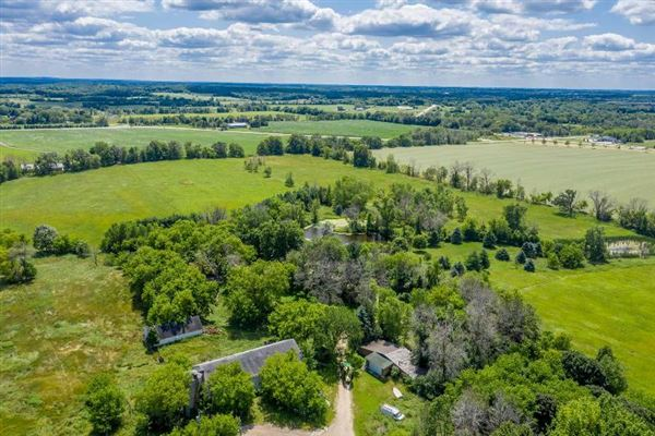 Luxury homes in 120 acres near Holy Hill