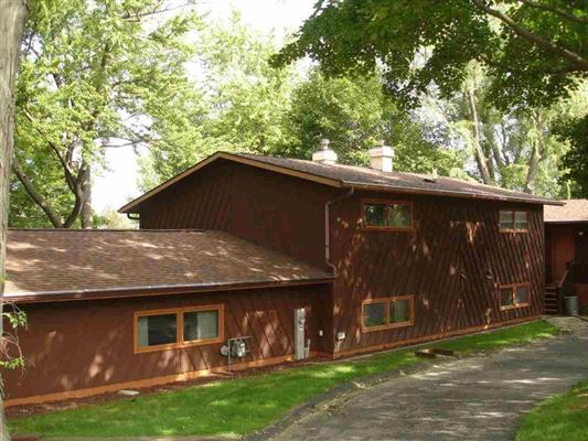 Luxury homes Custom built contemporary style lake house