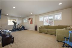 Impeccably appointed home in sought-after Chandler luxury properties