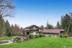 Luxury homes in  timeless masterpiece in snohomish