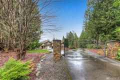 Mansions in  timeless masterpiece in snohomish