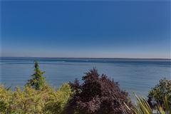 custom waterfront gem luxury real estate