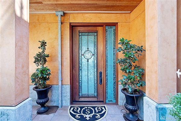 Italian-villa inspired waterfront beauty luxury homes