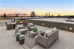 Luxury homes in contemporary luxury in Market Street Collection