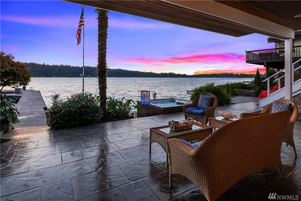 waterfront oasis luxury real estate