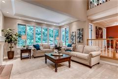 Mansions in beautiful remodeled custom home in lovely setting