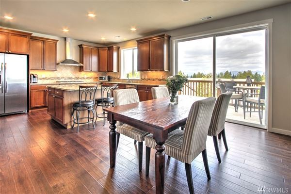An immaculate Mount Si view home  luxury real estate