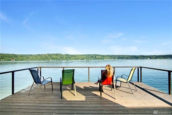 hidden gem on the shores of Prospect Point luxury homes
