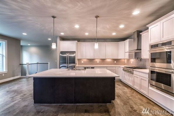Luxury real estate the home of your dreams in snohomish