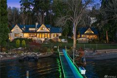 Luxury homes in Gold Coast waterfront estate with four-plus acres of privacy
