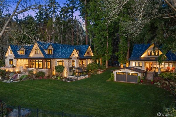 Gold Coast waterfront estate with four-plus acres of privacy luxury homes