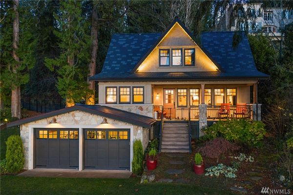 Gold Coast waterfront estate with four-plus acres of privacy luxury properties