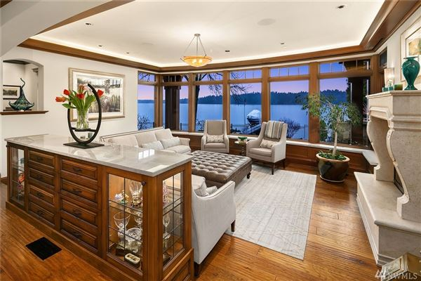 Gold Coast waterfront estate with four-plus acres of privacy luxury real estate