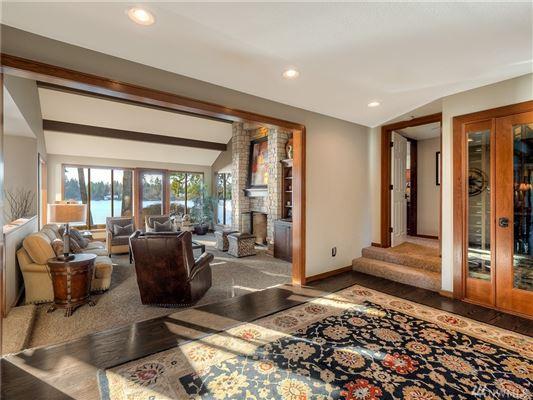 Luxury homes in custom estate on Lake Steilacoom