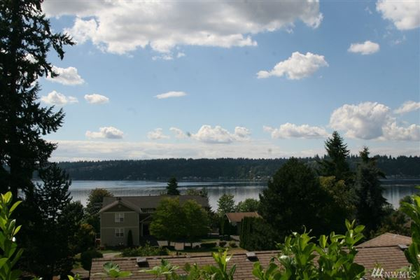 spectacular lake sammamish view property luxury homes