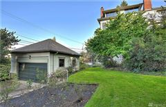 Luxury homes in Charming 1900 North Tacoma home