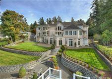 Custom Hood Canal Estate luxury properties