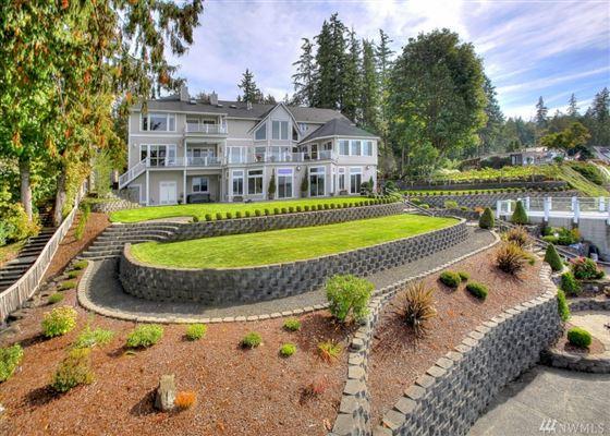 Luxury real estate Custom Hood Canal Estate