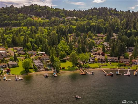 Mansions Bellevue legacy property on Lake Sammamish