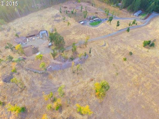 sought after Columbia River Gorge view luxury real estate