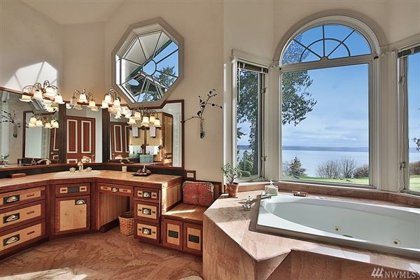 Stunningly Unique and Luxurious Langley Home mansions