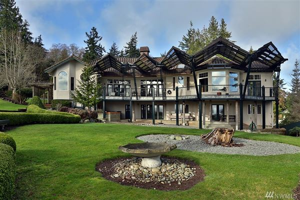 Stunningly Unique and Luxurious Langley Home luxury homes