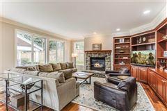 Luxury properties HIGHLANDS AT NEWCASTLE RETREAT