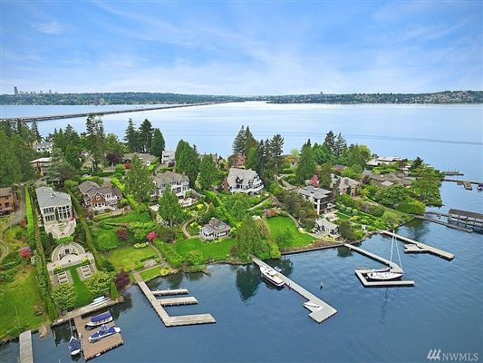 A rare find on Evergreen Point in Medina luxury homes