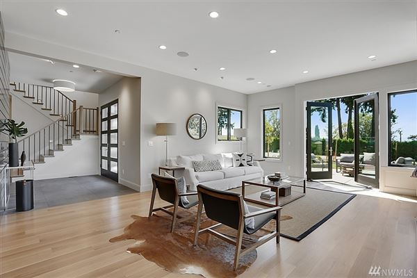 Luxury real estate an  icon where form andfunction meet modern lifestyle