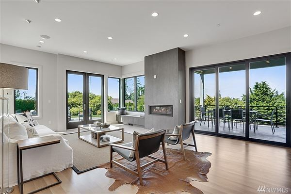 an  icon where form andfunction meet modern lifestyle luxury real estate