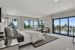 Luxury homes in an  icon where form andfunction meet modern lifestyle