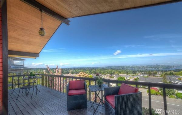 Luxury real estate Amazing view home in Somerset