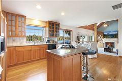 Luxury homes in charming home on desirable Lake Tapps