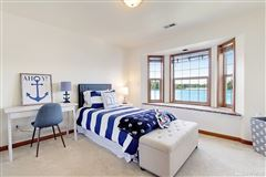 charming home on desirable Lake Tapps luxury properties