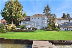 Mansions charming home on desirable Lake Tapps
