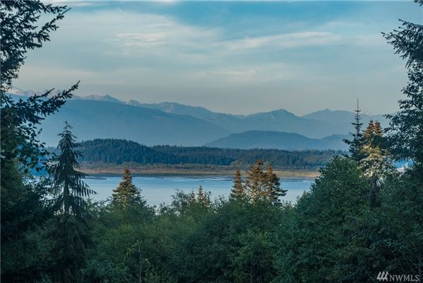 Whidbey Island Estate Perfectly Sited on 11.4 acres luxury real estate