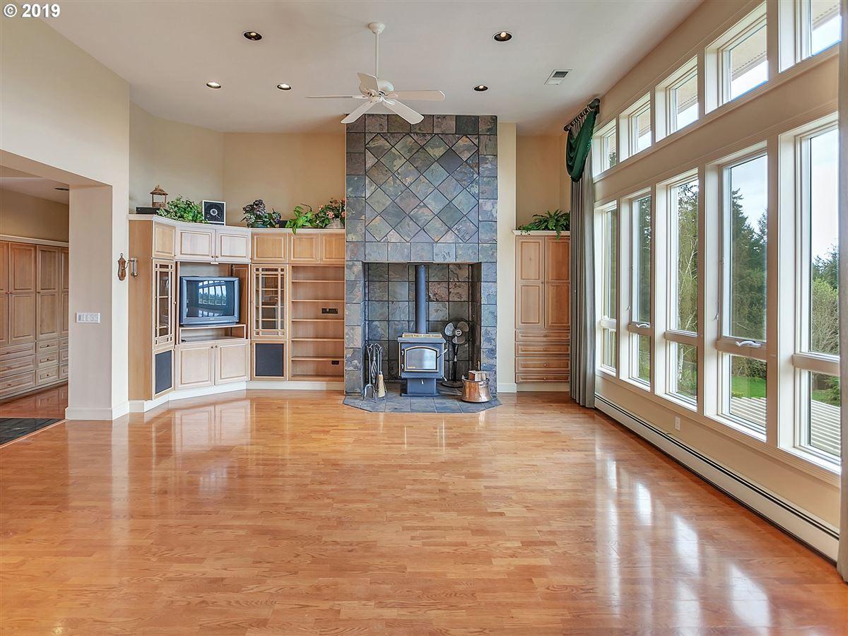 Gorgeous custom home on rare close-in acreage luxury properties